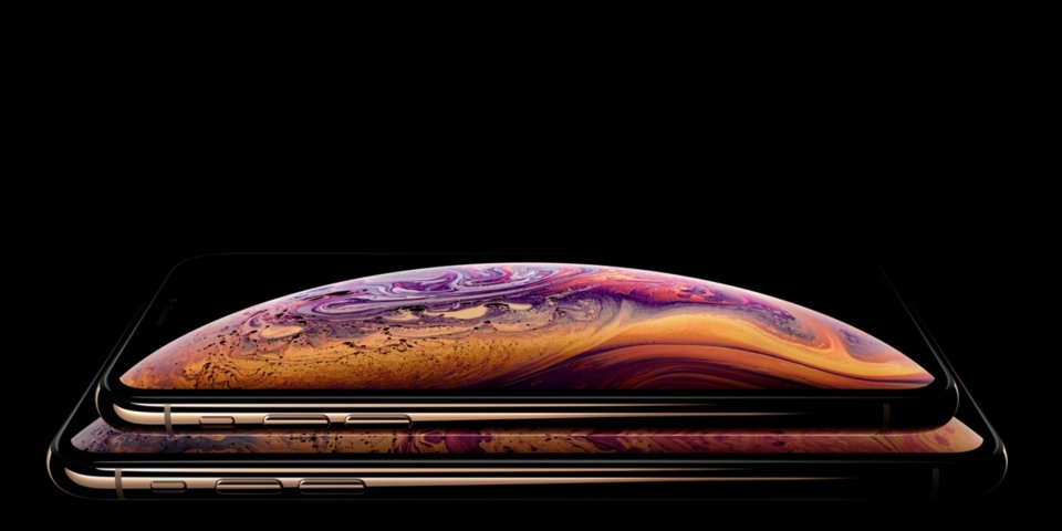 9 ly do ban nen mua iphone xs thay vi iphone xs max